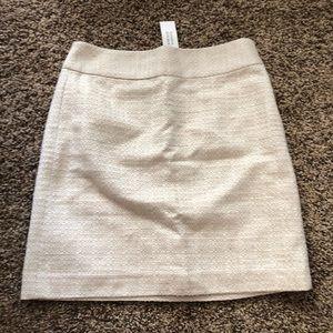 Banana Republic Tweed Skirts 2 NWT navy and cream